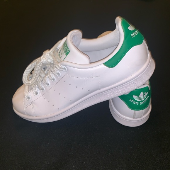 premium selection 797fc 9844a adidas Shoes - Adidas   Stan Smith s